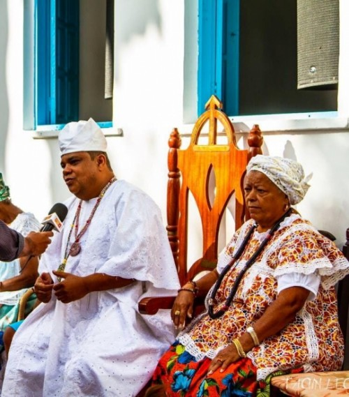 O momento é de união, diz Babá Pecê durante cerimônia em louvor a Ogum
